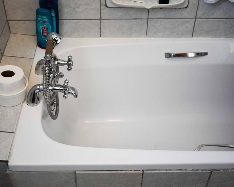 Ametis Double Unit Bathroom Bath