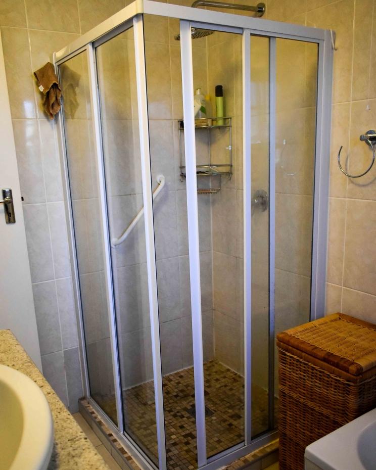 Serenitas Double Unit Shower